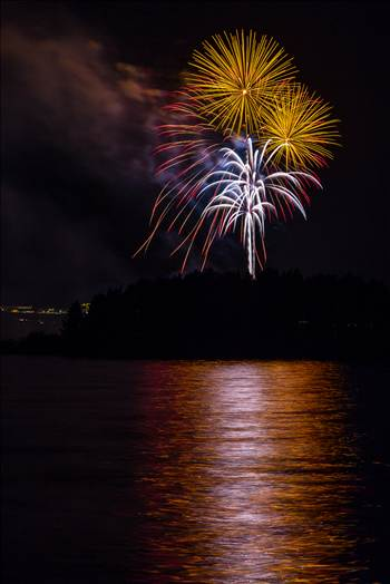 Dillon Reservoir Fireworks 2015 44 by Scott Smith Photos