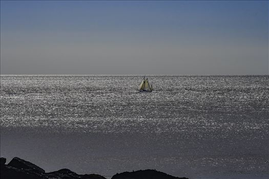 Hazy Days Sailing 3 by Frank Etchells Photography