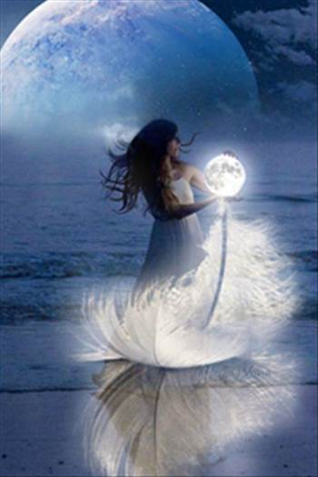lunari-big-avatar.jpg by shoresofelysium
