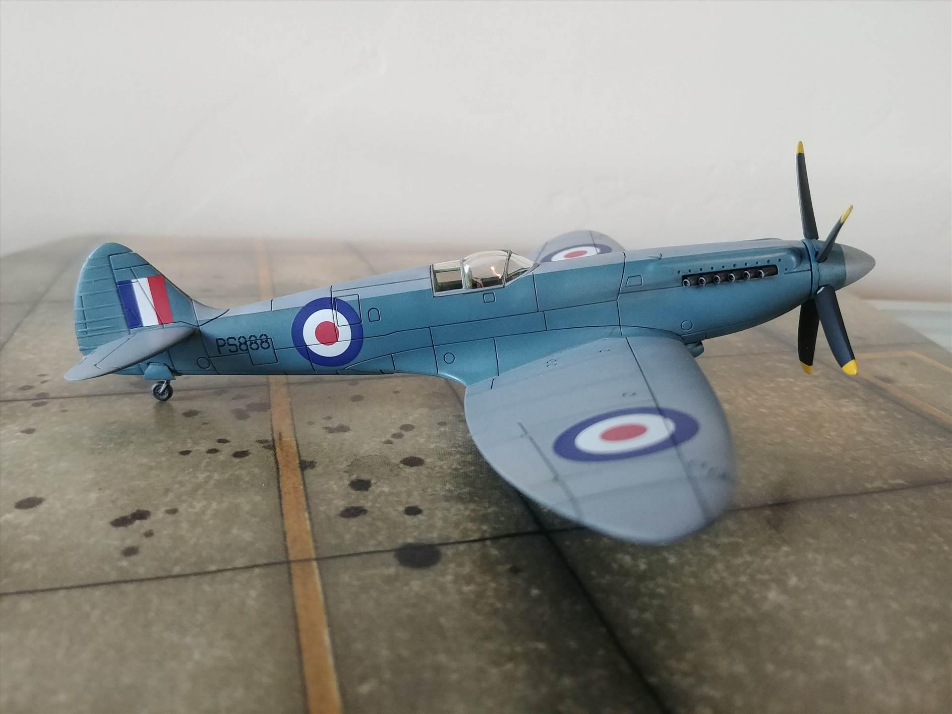 Airfix 1/72 Spitfire PR XIX - Ready for Inspection - Aircraft