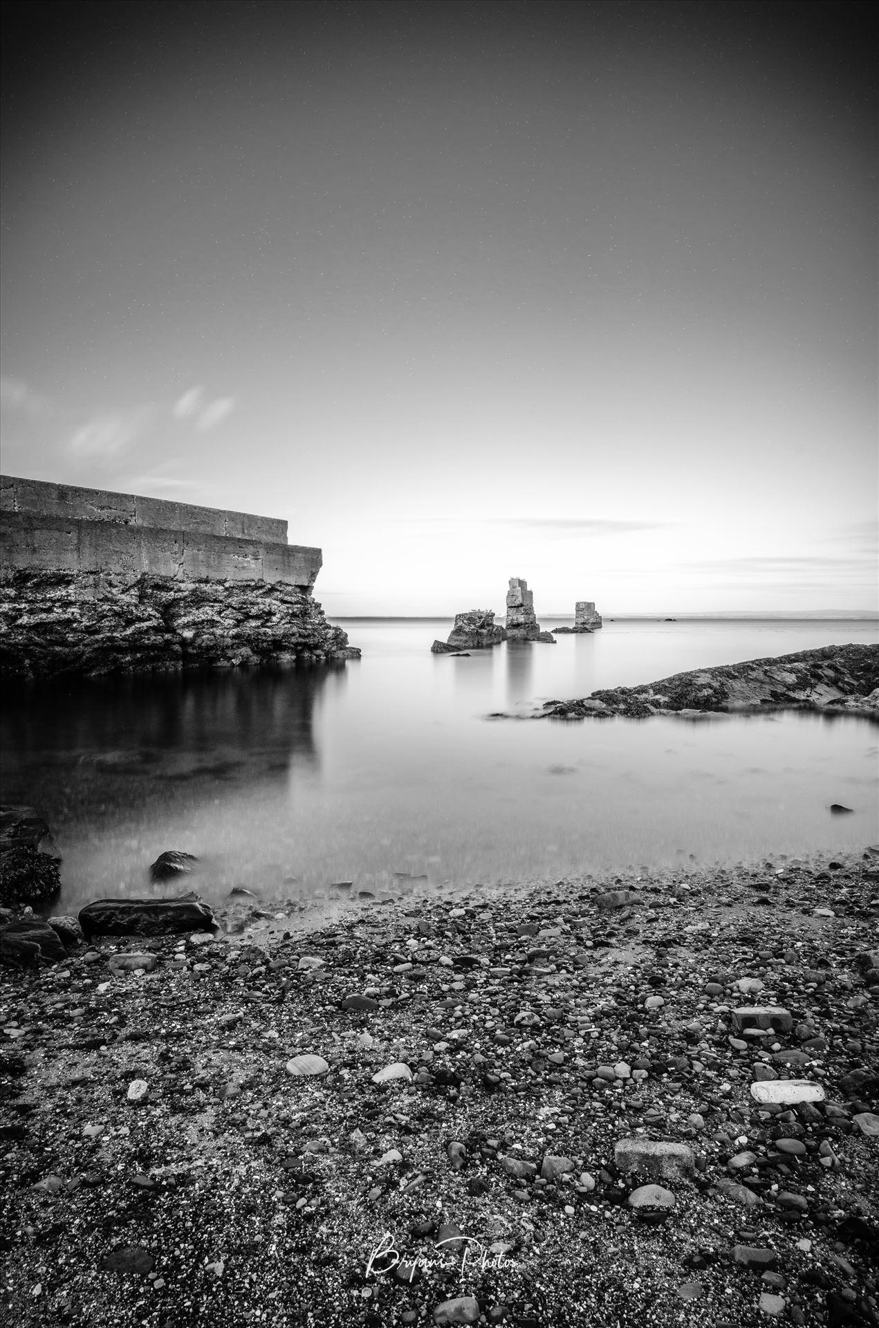 Seafield A long exposure photograph taken at Seafield beach Kirkcaldy. by Bryans Photos