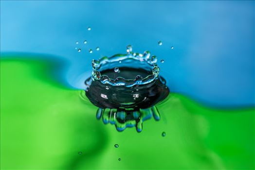 Water Drop Wall Art by Bryans Photos