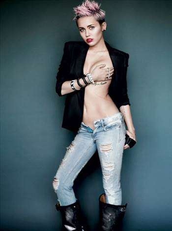 Miley-Cyrus-V-Magazine-Cover-2013-Photo-7-529x710.jpeg by Windy Miller