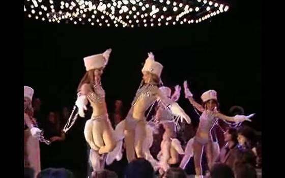 Dancing Queen.png -
