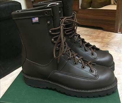 "Danner: Hood Winter Light 8"" Brown  Boots by johntorcasio"