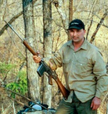 John Torcasio: with a fn fal battle rifle by johntorcasio
