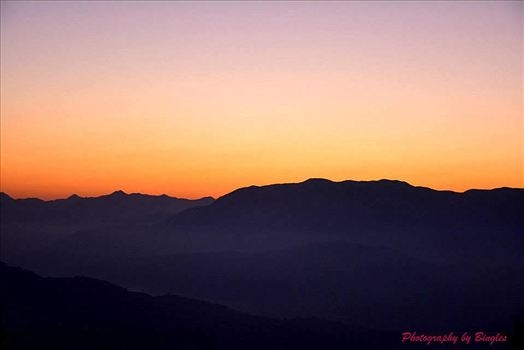 Sunrise in Sagada... by Bingles