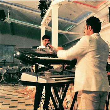 افشین موزیک  afshin keyboardplayer by afshin lakipoor