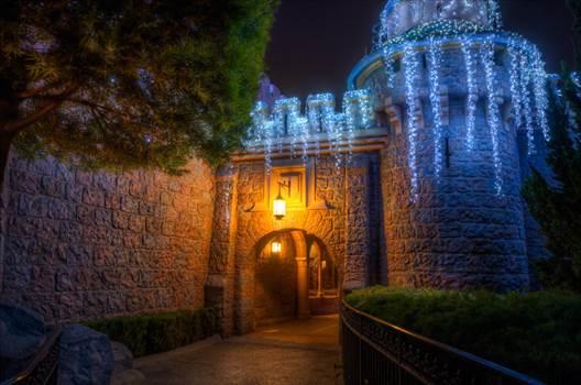 Pathway20to20Christmas-L.jpg by Seductive Hogwarts Mule