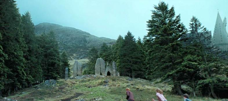stone circle.png by Seductive Hogwarts Mule