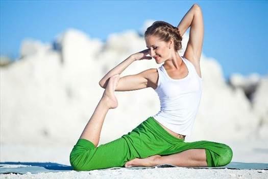 Toronto yoga teacher training by yogatogo
