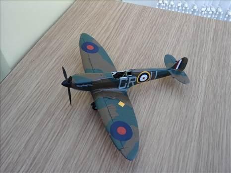 SpitfireE9.jpg by Aginvicta