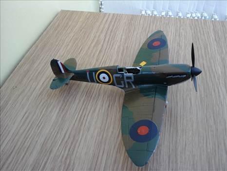 SpitfireE8.jpg by Aginvicta
