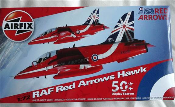 Redarrow1.jpg -