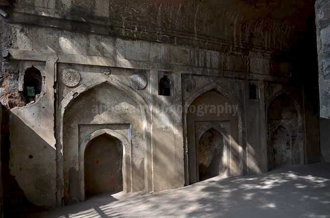 Monuments: Agrasen ki Baoli, New Delhi (India) An old mosque at the top of this boali with three mehrabs (niche) the one in the middle was used by imam to lead the prayers. by Anil Sharma Photography