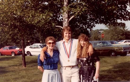Mom&Tom&Terri grad 1983.jpg by tim15856