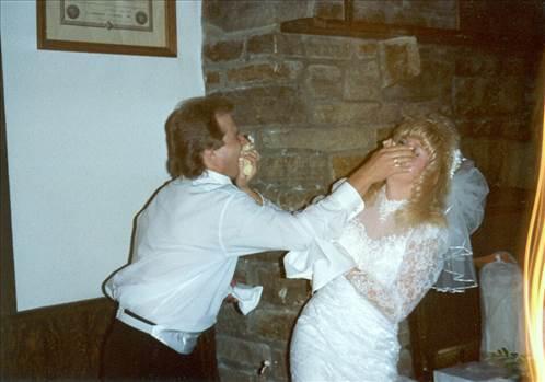 Tom&Ronda-wedding cake.jpg by tim15856