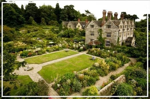 Gray Manor.jpg by essydante