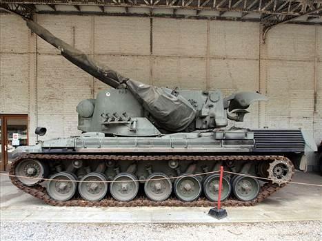 800px-Flakpanzer_Gepard_SPAAG.jpg by Bullbasket