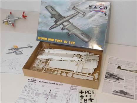 BV142MyOldModels 003.JPG by adey m