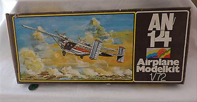 Plasticart-Modellbaukasten-Airplane-Modelkit-AN.jpg by adey m