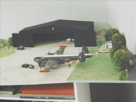 BV142OldModels3Sunderland 028.JPG by adey m