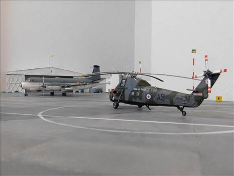 DEC2016AIRFIELDMODELS 055.JPG by adey m