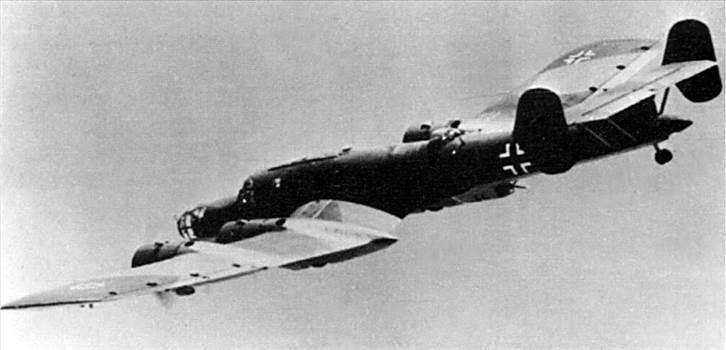 blohm-und-voss-bv-142-reconnaissance-01.jpg by adey m