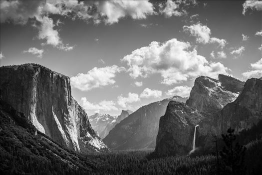 """The Grandeur of Yosemite"" by Eddie Caldera Zamora"