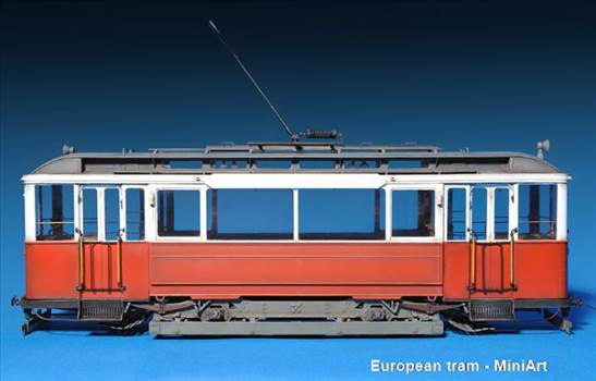 12 - European tram.JPG -